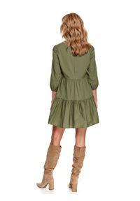 TOP SECRET - Luźna sukienka z falbanami. Okazja: do pracy, na co dzień. Kolor: brązowy. Materiał: tkanina. Sezon: lato, wiosna. Typ sukienki: proste. Styl: casual