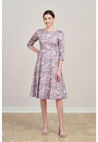 Marie Zélie - Sukienka Aerin Pellucida beżowa. Kolor: beżowy. Materiał: bawełna, satyna, skóra, materiał. Typ sukienki: trapezowe