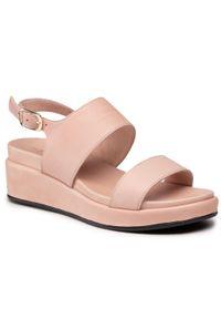 Różowe sandały The FLEXX
