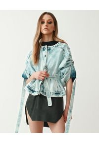 MMC STUDIO - Jeansowa kurtka z wiązanymi rękawami Antares. Kolor: niebieski. Materiał: jeans. Sezon: wiosna, lato. Styl: elegancki