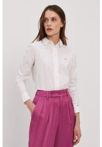Calvin Klein - Koszula. Okazja: na co dzień. Kolor: biały. Materiał: tkanina. Długość rękawa: długi rękaw. Długość: długie. Wzór: gładki. Styl: casual
