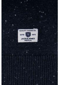 Premium by Jack&Jones - Sweter z domieszką wełny. Okazja: na co dzień. Typ kołnierza: golf. Kolor: niebieski. Materiał: wełna. Długość rękawa: długi rękaw. Długość: długie. Styl: casual