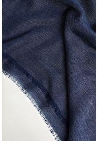 Mango Man - Chusta PLAIN. Kolor: niebieski. Materiał: materiał
