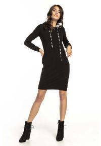 Czarna sukienka dzianinowa Tessita sportowa, sportowa, z kapturem