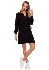 MOE - Sukienka koszulowa mini szmizjerka ściągana w talii czarna. Kolor: czarny. Materiał: bawełna, dzianina. Typ sukienki: koszulowe, szmizjerki. Długość: mini