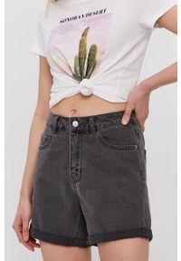 Vero Moda - Szorty jeansowe. Okazja: na co dzień. Stan: podwyższony. Kolor: szary. Materiał: jeans. Wzór: gładki. Styl: casual