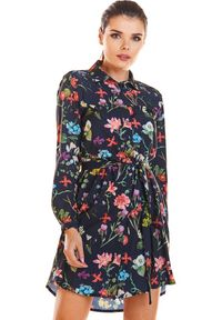 Infinite You - Koszulowa sukienka szmizjerka w kwiaty. Materiał: elastan. Długość rękawa: długi rękaw. Wzór: kwiaty. Typ sukienki: koszulowe, szmizjerki