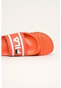 Pomarańczowe klapki Fila
