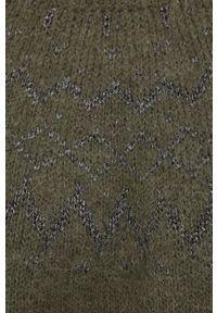 Mos Mosh - Sweter z domieszką wełny. Kolor: zielony. Materiał: wełna. Długość rękawa: długi rękaw. Długość: długie. Wzór: ze splotem