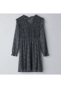 Sukienka Cropp z falbankami