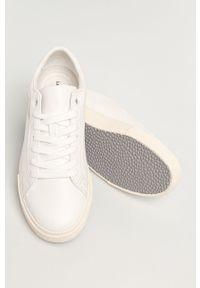 Białe buty sportowe Levi's® na obcasie, z cholewką, na spotkanie biznesowe, z okrągłym noskiem