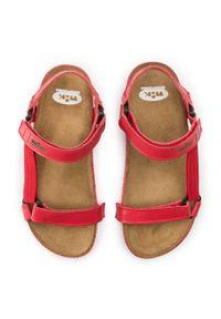Czerwone sandały Nik casualowe, na co dzień