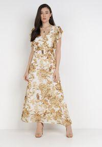 Born2be - Biała Sukienka Fyryera. Kolor: biały