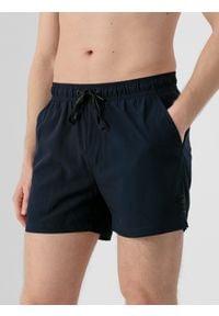 4f - Spodenki plażowe męskie. Okazja: na plażę. Kolor: niebieski. Materiał: tkanina. Sezon: lato
