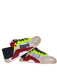DOLCE & GABBANA - Beżowe sneakersy z kontrastowymi wstawkami NS1. Kolor: beżowy. Materiał: materiał. Wzór: kolorowy