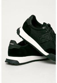 Czarne sneakersy Calvin Klein z cholewką, na sznurówki, z okrągłym noskiem