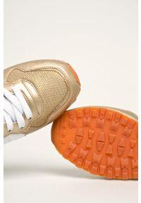 Złote buty sportowe Pepe Jeans na sznurówki, z cholewką