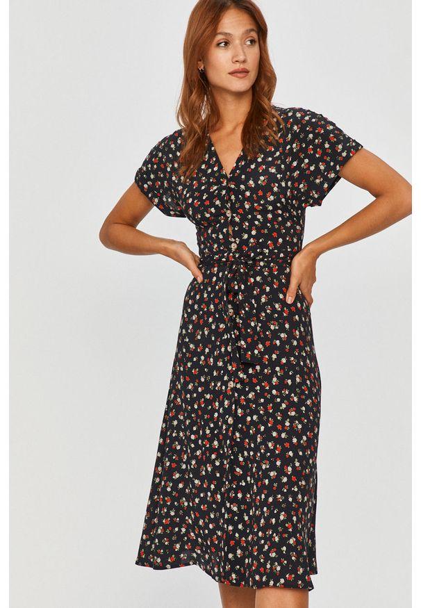 Czarna sukienka Answear Lab na co dzień, w kwiaty, z długim rękawem, midi