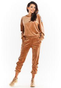 Beżowe spodnie dresowe Awama