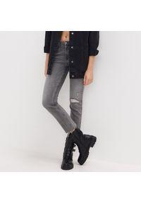 Szare jeansy Sinsay #1