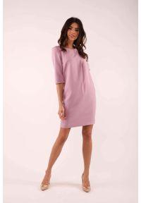 Różowa sukienka wizytowa Nommo prosta