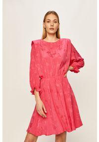 Różowa sukienka ANSWEAR mini, prosta