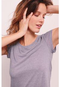 Etam - Koszulka nocna Warm Day. Kolor: niebieski. Materiał: dzianina, koronka. Długość: krótkie