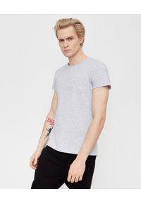 Balmain - BALMAIN - Szary t-shirt z logo. Okazja: na co dzień. Kolor: szary. Materiał: jeans, bawełna. Styl: casual, klasyczny, sportowy