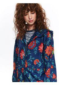 Niebieska kurtka TOP SECRET w kwiaty