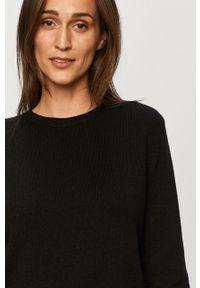 Czarny sweter Jacqueline de Yong casualowy, na co dzień