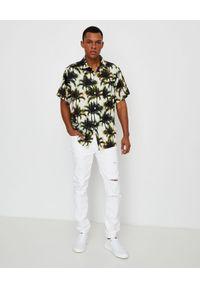 BUSCEMI - Biała koszula w palmy. Okazja: na co dzień. Typ kołnierza: kołnierzyk klasyczny. Kolor: biały. Materiał: materiał. Wzór: aplikacja, nadruk. Sezon: lato. Styl: casual, wakacyjny, klasyczny