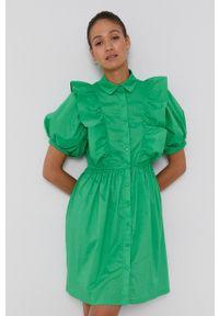 Pieces - Sukienka bawełniana. Kolor: zielony. Materiał: bawełna. Długość rękawa: krótki rękaw. Typ sukienki: rozkloszowane