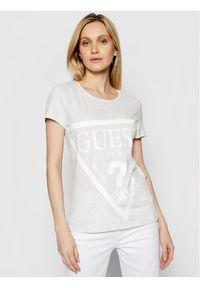 Guess T-Shirt O1GA56 JA911 Beżowy Regular Fit. Kolor: beżowy