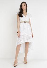 Born2be - Biała Sukienka Pasalphia. Kolor: biały