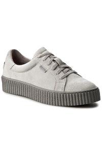 Nessi - Sneakersy NESSI - 17111 Szary W4. Kolor: szary. Materiał: skóra, zamsz. Szerokość cholewki: normalna. Obcas: na płaskiej podeszwie