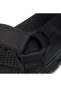 Czarne sandały skechers na lato