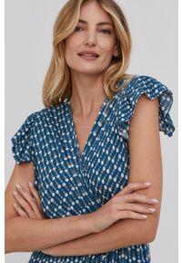 Answear Lab - Sukienka. Kolor: niebieski. Materiał: tkanina. Długość rękawa: krótki rękaw. Typ sukienki: rozkloszowane. Styl: wakacyjny