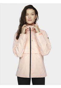 Różowa kurtka 4f ze stójką