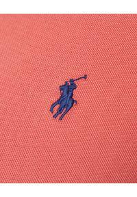Ralph Lauren - RALPH LAUREN - Czerwona koszulka Custom Fit. Okazja: na co dzień. Typ kołnierza: polo. Kolor: czerwony. Materiał: bawełna, jeans, prążkowany. Wzór: haft. Styl: casual