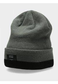 Szara czapka zimowa outhorn #2