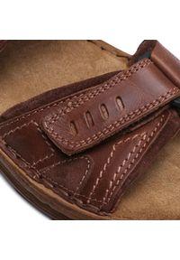 Brązowe sandały Josef Seibel