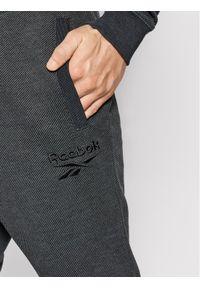 Reebok Spodnie dresowe Essentials GI9405 Szary Slim Fit. Kolor: szary. Materiał: dresówka #4