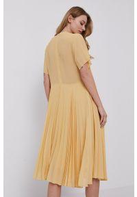 Samsoe & Samsoe - Samsoe Samsoe - Sukienka. Kolor: żółty. Materiał: poliester. Długość rękawa: krótki rękaw. Typ sukienki: plisowane #7