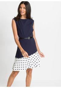 Sukienka z paskiem (2 części) bonprix ciemnoniebiesko-biel wełny w kropki. Kolor: niebieski. Materiał: wełna. Wzór: kropki