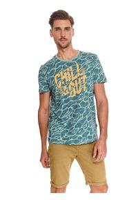 TOP SECRET - T-shirt z nadrukiem. Kolor: miętowy. Materiał: bawełna, tkanina. Długość rękawa: krótki rękaw. Długość: krótkie. Wzór: nadruk. Sezon: lato. Styl: wakacyjny