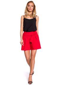 e-margeritka - Szorty z podwyższonym stanem czerwone - m. Stan: podwyższony. Kolor: czerwony. Materiał: wiskoza, materiał, elastan, tkanina, poliester. Styl: elegancki