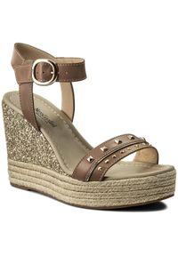 Beżowe sandały Nero Giardini casualowe, na co dzień