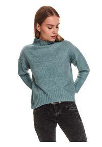 TOP SECRET - Sweter z krótkim golfem. Okazja: na co dzień, do pracy. Typ kołnierza: golf. Kolor: niebieski. Materiał: materiał. Długość rękawa: długi rękaw. Długość: krótkie. Sezon: zima. Styl: elegancki, casual