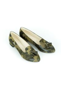 Zapato - kolorowe balerinki w szpic - skóra naturalna - model 045 - kolor moro. Zapięcie: bez zapięcia. Materiał: skóra. Wzór: moro, kolorowy. Obcas: na obcasie. Styl: klasyczny. Wysokość obcasa: średni