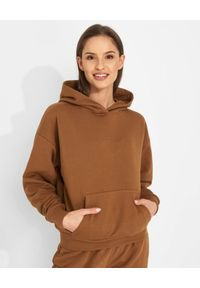 JENESEQUA - Bawełniana bluza z kapturem. Okazja: na co dzień. Typ kołnierza: kaptur. Kolor: brązowy. Materiał: bawełna. Wzór: aplikacja. Styl: casual